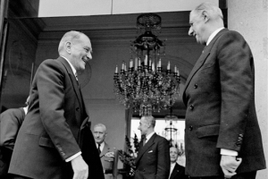 le-21-dc3a9cembre-1958-charles-de-gaulle-devenait-le-premier-prc3a9sident-de-la-ve-rc3a9publique-de-1958-c3a0-1969
